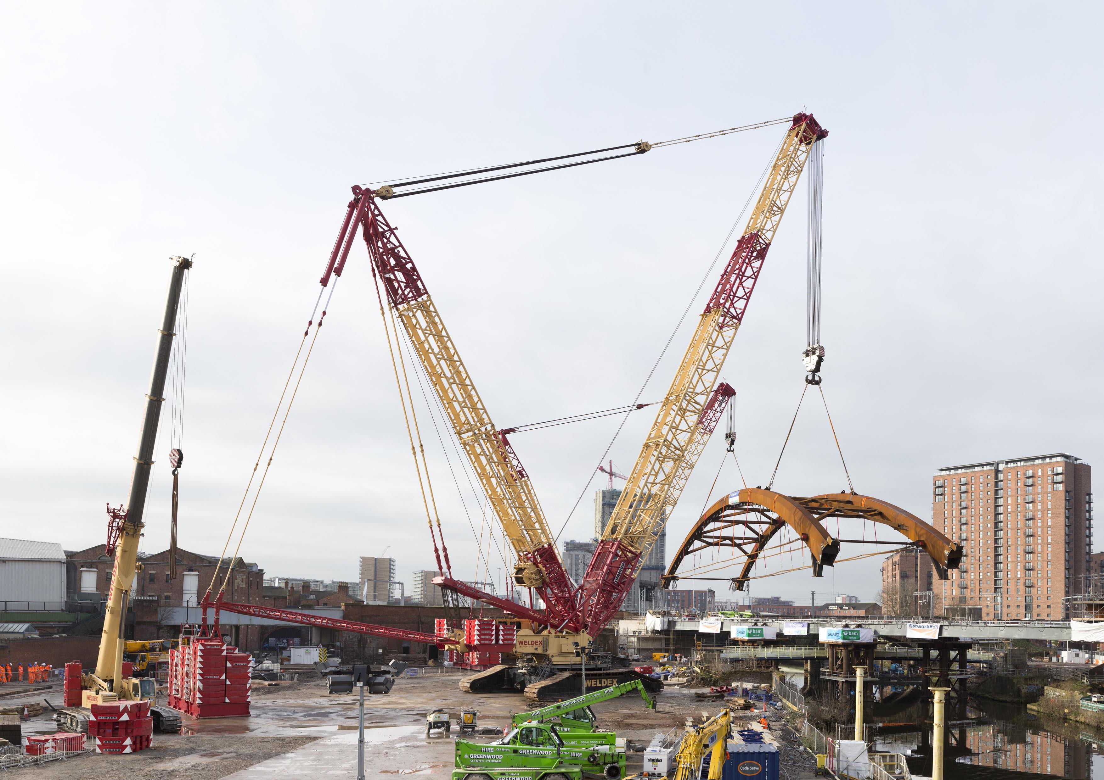 liebherr-lr-11350-lr-1750-weldex-bridge-manchester-5-300dpi