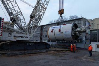 Sarens transportuje maszynę do drążenia tuneli