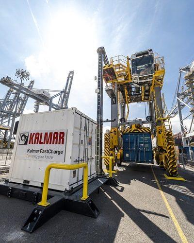 Automatyczne wózki wahadłowe Kalmar w DP World London Gateway