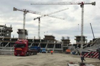Żurawie wieżowe Terex pracują przy budowie nowego stadionu w Budapeszcie