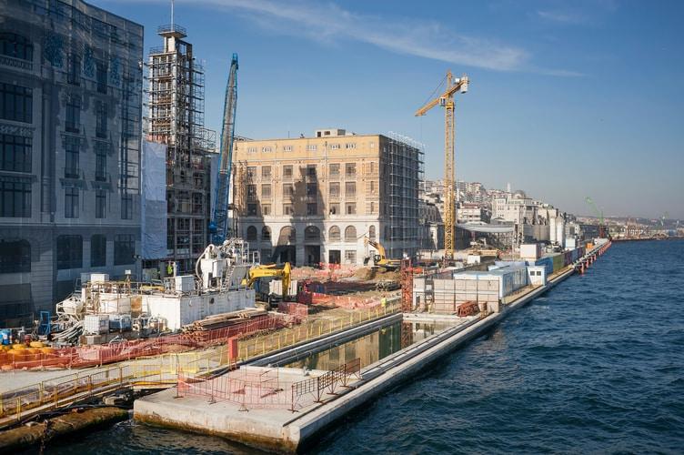 thyssenkrupp Elevator wyprodukuje wszystkie schody ruchome iwindy dla terminalu Port Galata, biur, sklepów ipunktów gastronomicznych